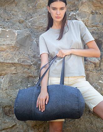 Hand-woven duffel bag
